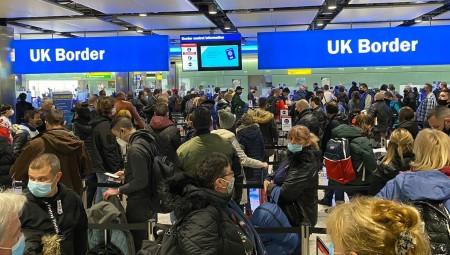 الخطوط الجوية البريطانية تحذر عملاءها من السفر وتقول أنه لا يزال غير قانوني