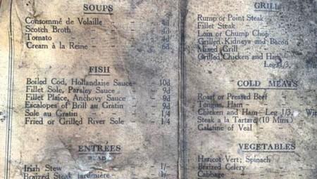 اكتشاف قائمة طعام تعود لعام 1913 في أحد مقاهي ليفربول