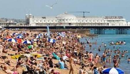 عطلة نهاية الأسبوع الأكثر حرارة منذ بداية العام