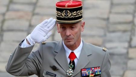 فرنسا.. العسكريون الذين وقعوا مقالا مثيرا للجدل سيعاقبون