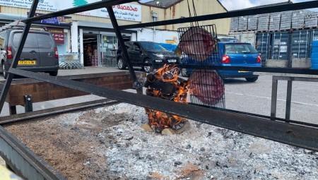 محمصة لبنان تقدم المسكوف العراقي لعرب لندن وعشاق الأطباق العربية