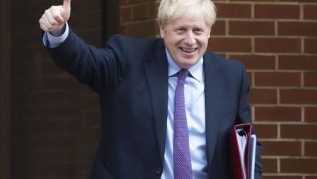 جونسون متفائل بتعافي اقتصاد بريطانيا في وقت قصير.. وصندوق النقد الدولي يؤكد ذلك
