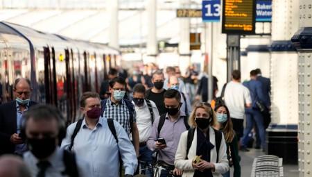 50000 إصابة كورونا جديدة في بريطانيا.. في أعلى حصيلة يومية خلال الـ 6 أشهر الماضية
