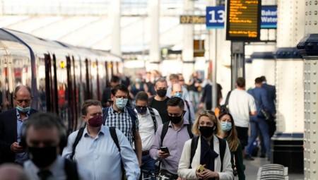 محطات القطارات في بريطانيا تحذر من السفر نهاية الأسبوع خلال العطلة الصيفية