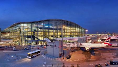 مطار هيثرو يدعو الحكومة لفتح الأبواب أمام المسافرين بعد خسارة قدرت بـ 4 مليارات