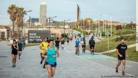 إسبانيا تتوقع استقبال 45 مليون سائح أجنبي في 2021
