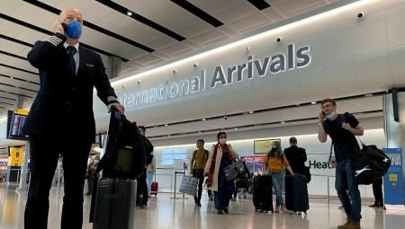 قواعد السفر تشهد 50 تحديثا منذ بداية الجائحة والمسؤولون يصفون الرقم بالصاعق