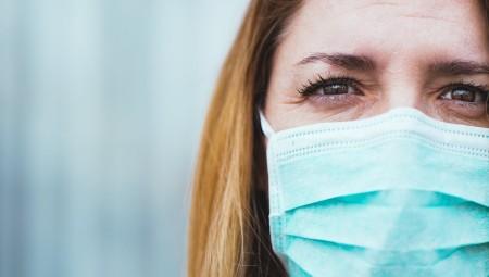 تعرف على أعراض كورونا الخفيفة للذين تلقوا اللقاح