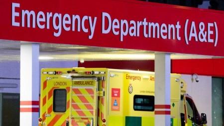 بريطانيا.. الاستجابة لمكالمات الطوارئ أبطأ من اللازم وسيارات الإسعاف تصل في وقت متأخر
