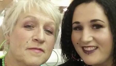 بريطانيا.. أم وابنتها توفيتا بسبب كورونا بعد رفضهما تلقي اللقاح