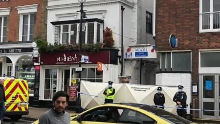 بريطانيا.. مقتل شاب وإصابة اثنين في حادثة طعن خارج نادي الفيلق الملكي