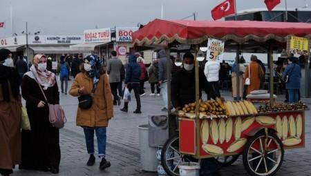 تركيا تعلن إلغاء حظر التجول وعودة الحياة الطبيعية بدءا من فاتح يوليوز