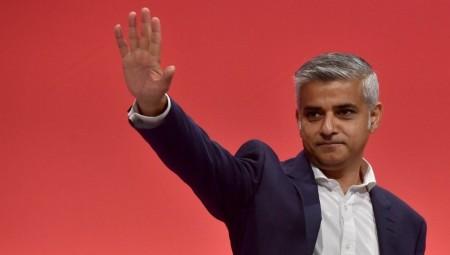 عمدة لندن : يجب إعادة فتح المسارح وأماكن الموسيقى في 19 يوليو