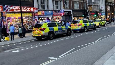 لندن : تعرض رجل للطعن بشارع أكسفورد