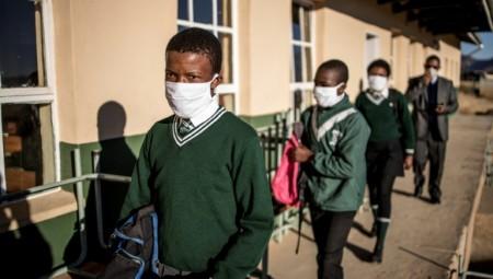 كوفيد يعيد مدارس جنوب إفريقيا عشرين عاما إلى الوراء