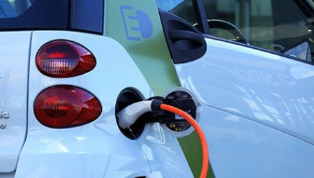 قطر للطاقة وشل يوقعان اتفاقية للاستثمار بمشاريع هيدروجين في بريطانيا