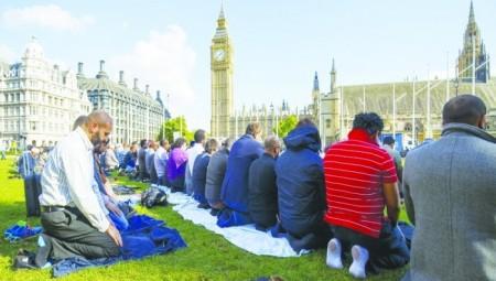 بريطانيا .. المسلمون عرضة أكثر من غيرهم لجرائم الكراهية