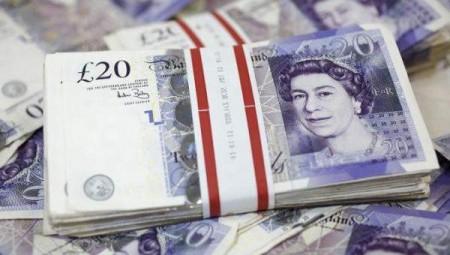 الاقتصاد البريطاني يتجنب الركود في الربع الثالث من العام