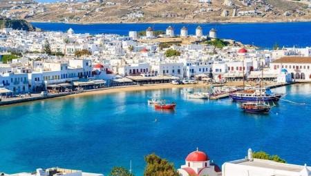 مقتل مهاجر وفقدان اثنين على سواحل اليونان