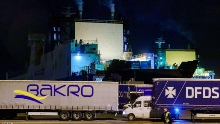 اكتشاف 25 مهاجرا سريا في شاحنة تبريد متجهة إلى بريطانيا