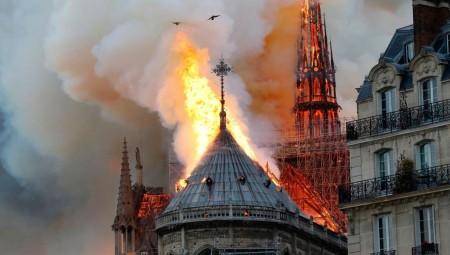 في عيد الميلاد.. الصمت يعم كنيسة نوتردام لأول مرة منذ قرنين