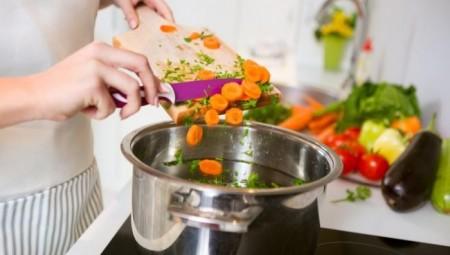 كيف تصبح غنيّاً بتناولك الطبخ المنزلي؟