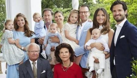 ملك السويد أبعد 5 من أحفاده عن القصر الملكي!