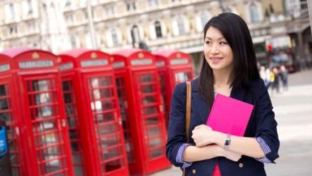 جامعات بريطانيا تعج بالطلاب الصينيين!